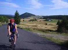 Na kole napříč Jizerkami